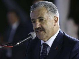 Arslan: Hızlı trenlerle Türkiyeyi hızlı demir ağlarla örmeye devam edeceğiz
