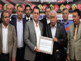 Eskişehirsporda yeni yönetim göreve başladı