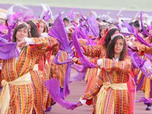 Konyada renkli kutlama