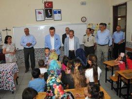 Akşehirde 20 bin 822 öğrenci karne aldı