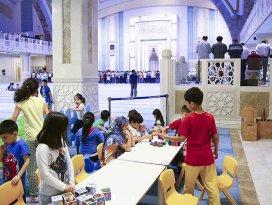 Çocuklar için camide oyun alanı