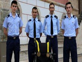 ABDdeki robot yarışmasında Türkiyenin gururu oldular