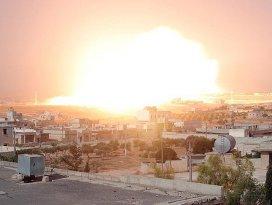 Rus uçakları Halepi fosfor bombasıyla vurdu