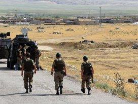 Hakkaride güvenlik güçlerine saldıran PKKlı etkisiz hale getirildi