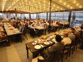 Beyşehir Belediyesi'nden muhtarlara iftar yemeği