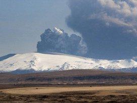 İzlandanın Cehennem Kapısı her an patlayabilir