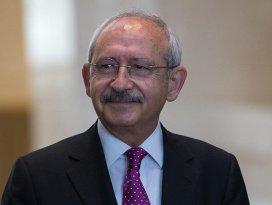 Kılıçdaroğludan şehit ailesine ziyaret