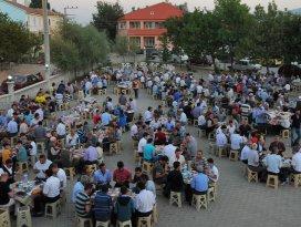 Akşehir Karabulut Mahallesi'nde iftar coşkusu