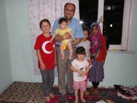 Başkan Özaltun, Suriyeli aileyle sahur yaptı