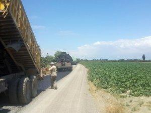 Akşehirde asfaltlama çalışmaları sürüyor
