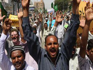 Facebookta Müslüman isyanı!