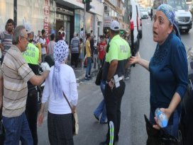 Adanada bomba paniği