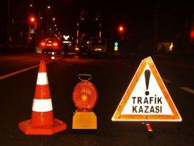 Nazillide trafik kazaları: 1i ağır 9 yaralı!