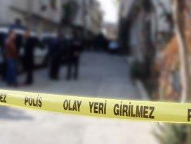 19 yaşındaki kızını kaleşnikofla vurdu