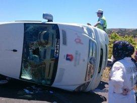 Adil Gür'ün aracı öğrenci servisine çarptı: 14 yaralı
