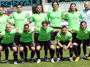 Konyaspor-Altay hayati maçta..