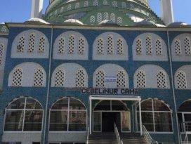 Camide 'darbe' gerginliği