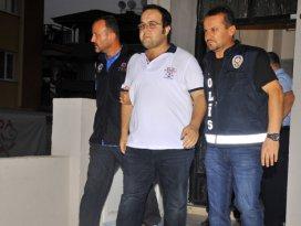 İzmir'de FETÖ operasyonu: 55 gözaltı