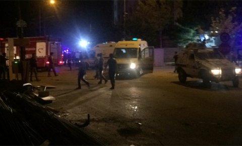 Vanda terör saldırısı: 3 ölü, 40 yaralı
