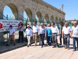 Kardeş ilçelerin belediye başkanları buluştu