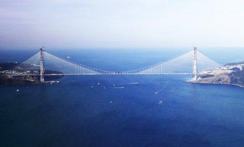 Dünya basınından 3. köprüye büyük övgü
