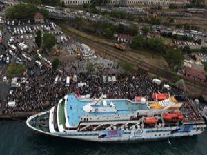 Gazze gemisinden bir yolcu Türkiyeye döndü