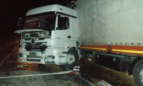 Kamyonunu tamir ederken TIR'ın çarptğı sürücü öldü
