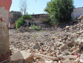 Sur'da bin 312 bina yıkıldı