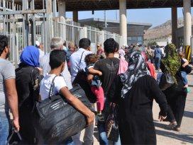 Bayramlaşmak için 35 bin kişi Suriyeye gitti