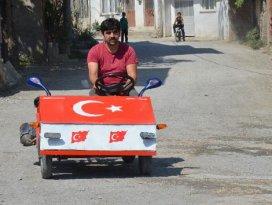 Köy çocukları için al bayraklı yerli otomobil yaptı