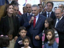 Başbakan Yıldırım, 15 Temmuz Şehitler Köşesinin açılışını yaptı