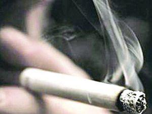 Sigara şirketlerinin yeni hedefi genç kızlar