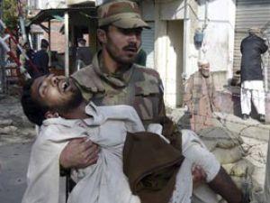 Cumada camilere el bombalı saldırı: 56 ölü