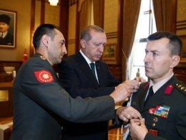 Erdoğan, yaverini çakıyla sınadı