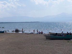 Sular yükseldi plaj kayboldu