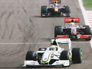 Formula1 İstanbul olaylı yarış Hamiltonın