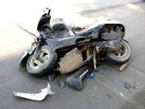 Otomobil ile motosiklet çarpıştı: 1 ölü 1 yaralı