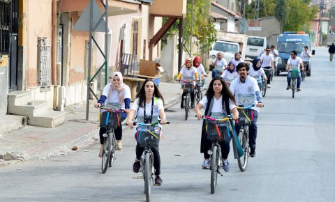 Renkli Pedallar'dan dönüşüme destek