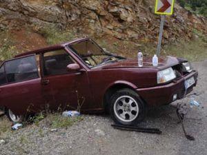 Çekici otomobille çarpıştı; 7 yaralı