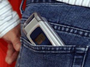 Cepte taşınan cep telefonları kısırlığa yol açıyor