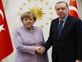 Erdoğandan Merkele! Suçluluk psikolojisi...