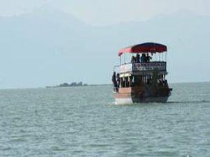 Beyşehir Gölünde kaybolan 3 kişi bulundu