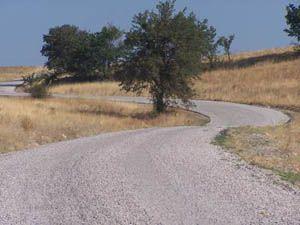 Çamlık Beldesi-Derebucak yolu asfaltlanıyor