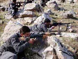 PKKlı teröristler ev bastı