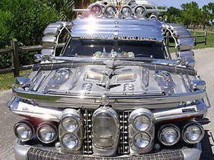 40 otomobilden yapılmış limuzin