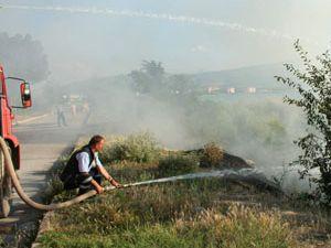 Beyşehir Gölü kıyısında çardak yangını