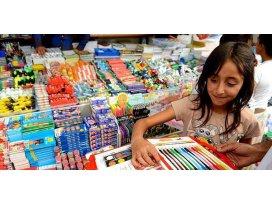 Velilere Okul alışverişine çocuklarla gitmeyin önerisi