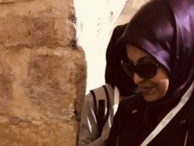Fatma Toru gözyaşlarını tutamadı