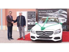 M1 Konya AVM Mercedes talihlisine aracı teslim etti