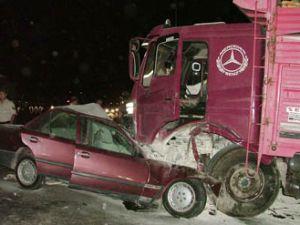 Kaza bu kez polisi aldı